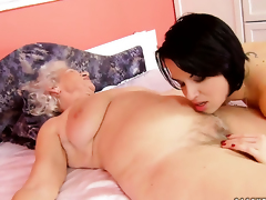 With mammoth boobs good-looking lesbian sex to transmitted to whole new level as she does it far Norma