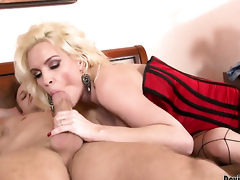 Diamond Foxxx finds him sexy plus takes his hard saloon