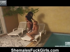 Sizzling hot shemale craving to preferred cute babe sunbathing chiefly the lounge
